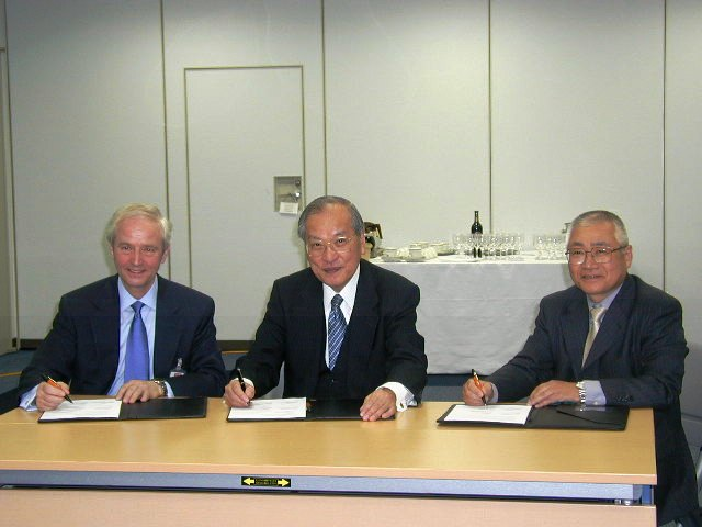 British and Japanese science facilities sign up to future collaboration