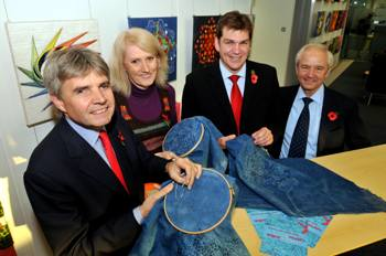 UK Science Minister Lord Drayson visits Diamond and contributes to the World's Largest Diffraction Project